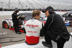 Brad Keselowski, Team Penske Ford, mit Greg Erwin