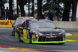 James Davison, Joe Gibbs Racing Toyota and Jeremy Clements, Jeremy Clements Racing Chevrolet