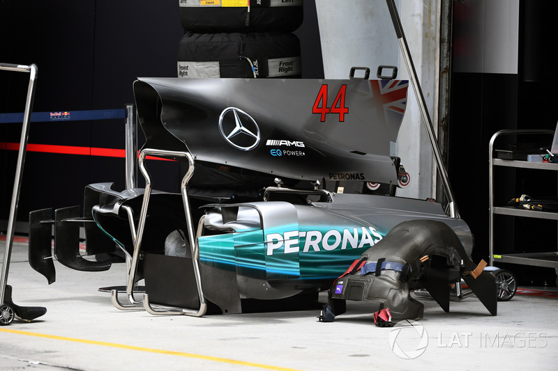 Mercedes-Benz F1 W08  engine cover and bodywork