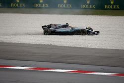 Lewis Hamilton, Mercedes-Benz F1 W08  runs wide into the gravel