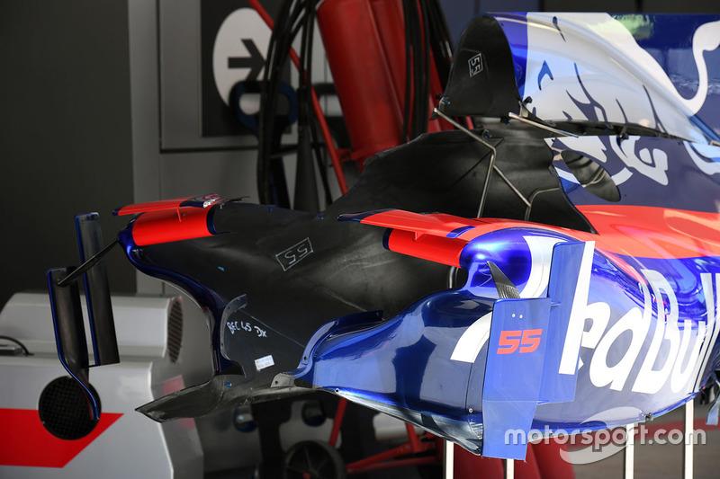 Chassis and aero detail of Carlos Sainz Jr., Scuderia Toro Rosso STR12