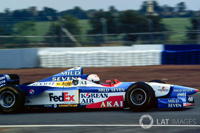 Martin Brundle tests the Benetton Formula 1 car at Silverstone October testing