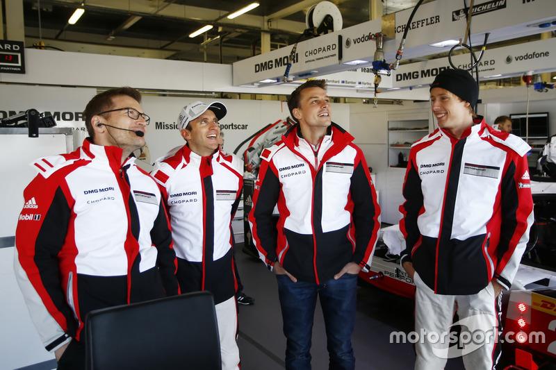 Andreas Seidl, Team principal Porsche Team LMP, Timo Bernhard, Earl Bamber, Brendon Hartley, Porsche