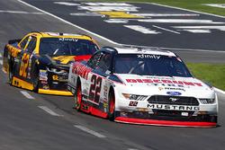 Ryan Blaney, Team Penske Ford and Brendan Gaughan, Richard Childress Racing Chevrolet
