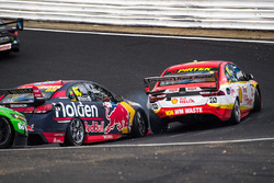 Jamie Whincup, Triple Eight Race Engineering Holden, Scott McLaughlin, Team Penske Ford