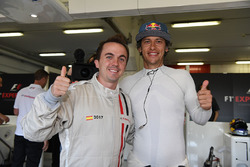 F1 Experiences 2-Seater passenger Frankie Muniz, Actor and Patrick Friesacher, F1 Experiences 2-Seater driver