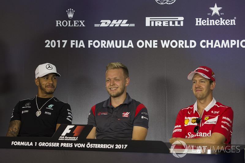 Lewis Hamilton, Mercedes AMG F1, Kevin Magnussen, Haas F1 Team und Sebastian Vettel, Ferrari