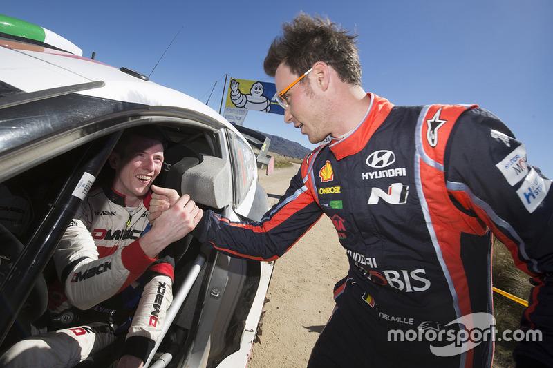Пилот Hyundai Motorsport Тьерри Невилль и гонщик M-Sport Элфин Эванс