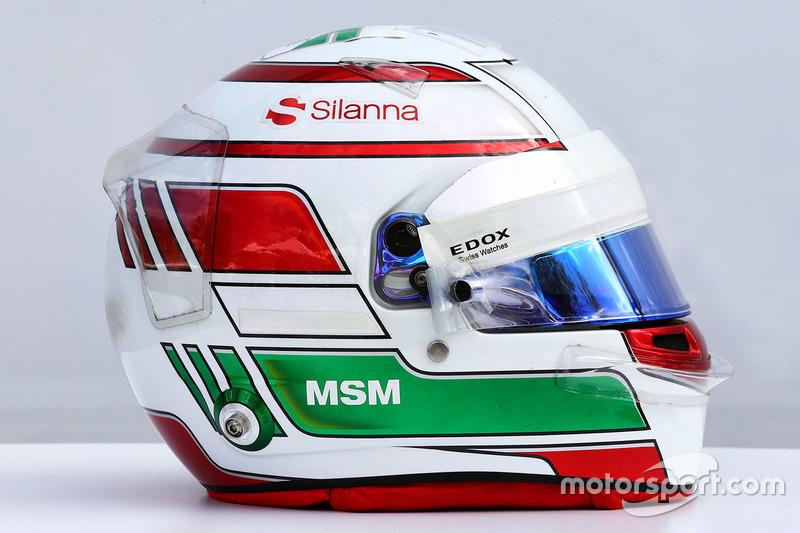 Шлем Антонио Джовинацци с дебюта в первых двух Гран При сезона-2017