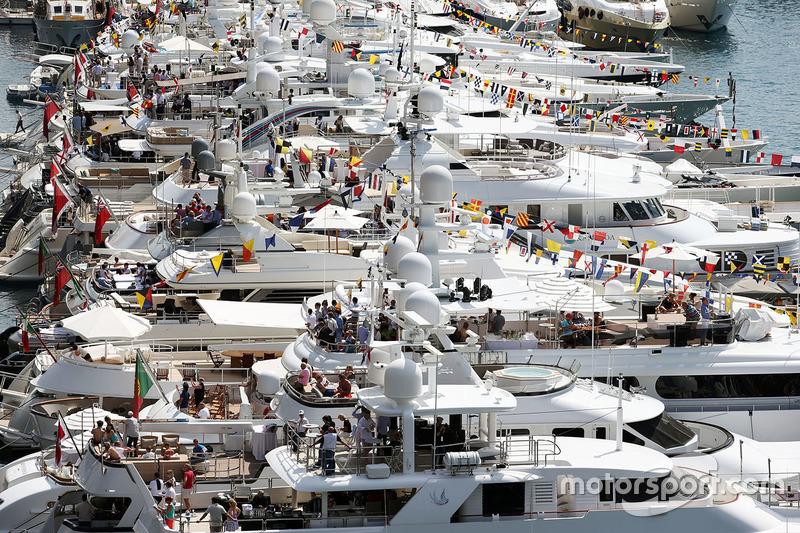 Boote im Hafen