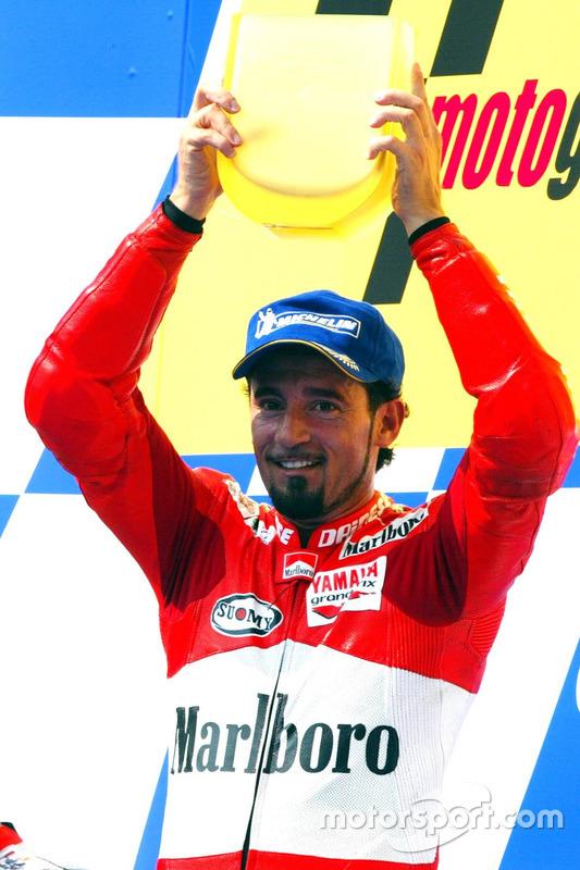 Podium: Sieger Max Biaggi, Marlboro Yamaha Team