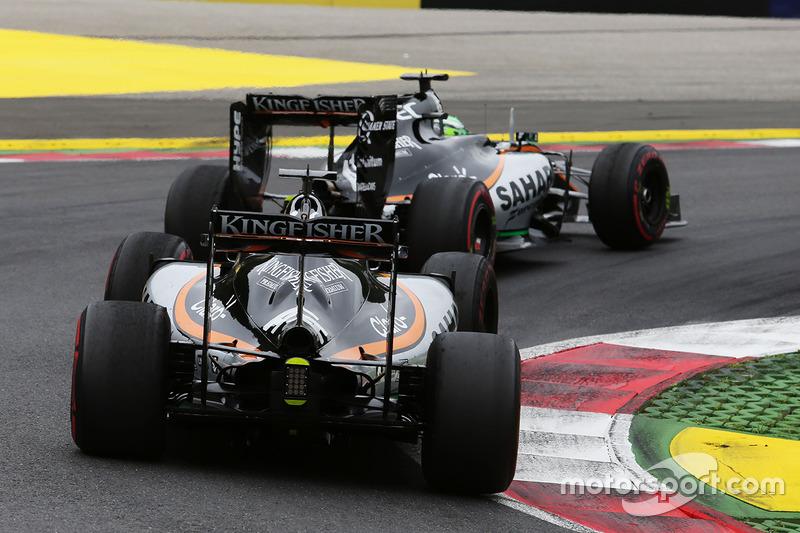 Nico Hulkenberg, Sahara Force India F1 VJM09precede il compagno di squadra Sergio Perez, Sahara Force India F1 VJM09