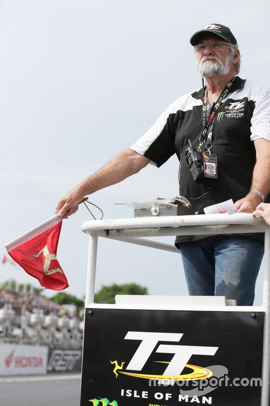 The start of the Monster Energy Supersport TT Race 1