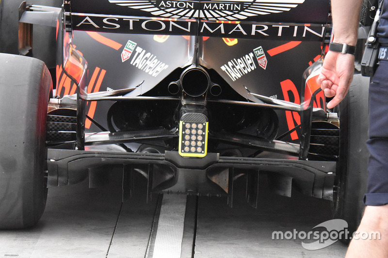 aston martin red bull racing tag heuer rb14 page 29. Black Bedroom Furniture Sets. Home Design Ideas
