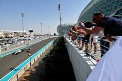Роберт Кубица, Williams FW40, болельщики