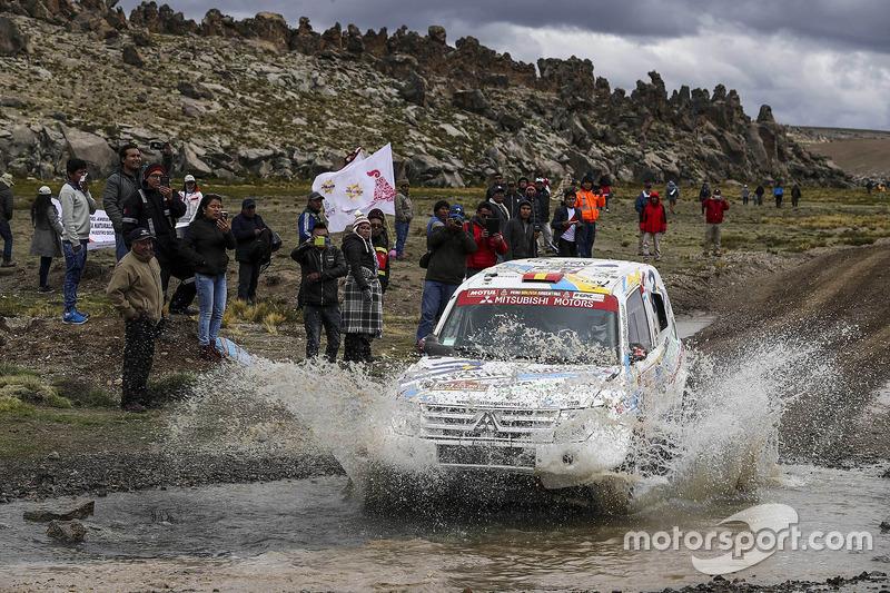 #354 Mitsubishi Montero: Cristina Gutiérrez, Gabriel Moiset Ferrer