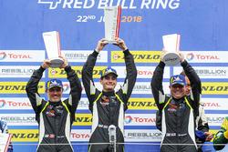 Podium LMP3: vainqueurs #15 RLR Msport Ligier JS P3 - Nissan: John Farano, Job Van Uitert, Robert Garofall