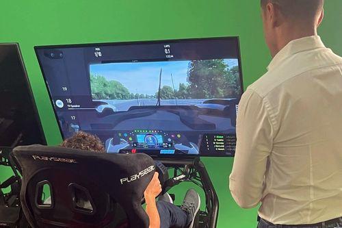 Visita di Alonso al Motorsport Network HQ