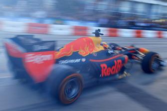 Patrick Friesacher, Red Bull Racing