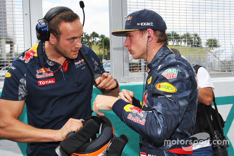 f1-malaysian-gp-2016-max-verstappen-red-bull-racing-on-the-grid-with-jake-aliker-personal.jpg