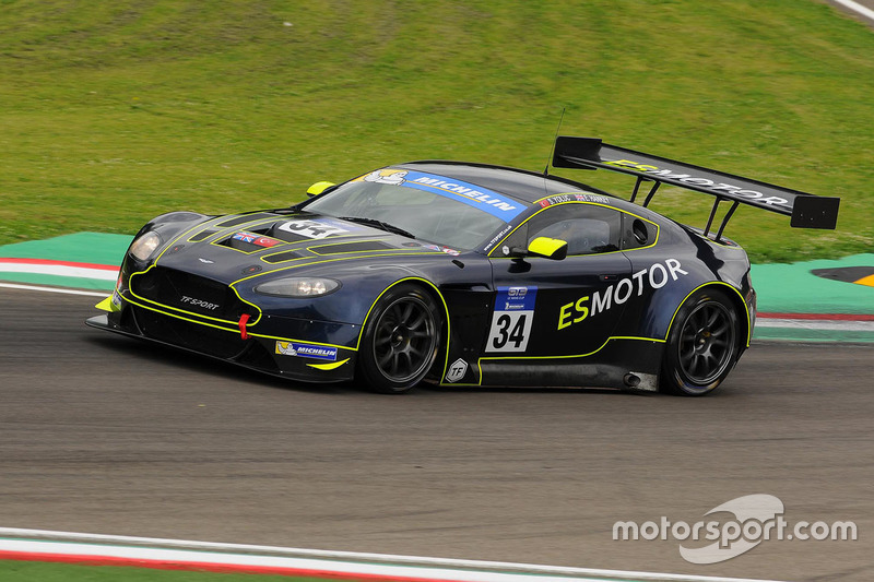 34 Tf Sport Aston Martin V12 Vantage Gt3 Salih Yoluc Euan Hankey
