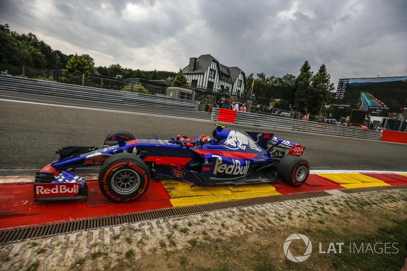 14: Carlos Sainz Jr., Scuderia Toro Rosso STR12