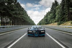 Juan Pablo Montoya à bord de la Bugatti Chiron