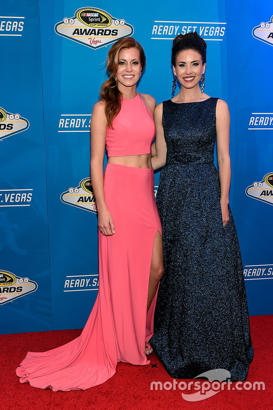 Miss Sprint Cup Madison Martin y Miss Sprint Cup Julianna White