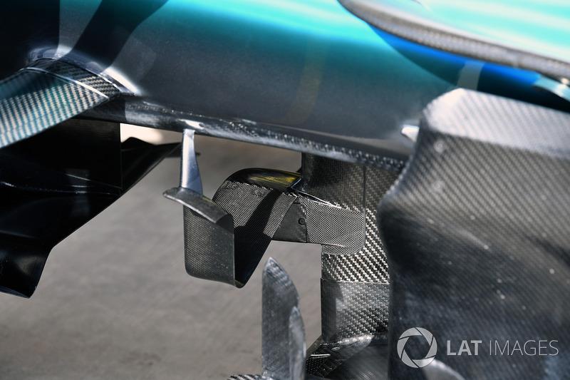 Mercedes W08: Fahrhöhe-Sensor