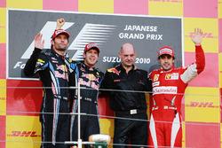 Podium: Second placed Mark Webber, Red Bull Racing, race winner Sebastian Vettel, Red Bull Racing, Adrian Newey, Red Bull Racing Chief Technical Officer and Fernando Alonso, Ferrari