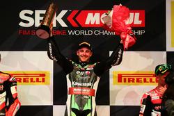Podium: Racewinnaar Jonathan Rea, Kawasaki Racing