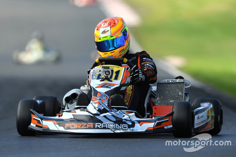 Photos de George Russell en karting