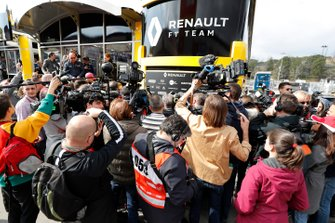 La presse avec le Renault F1 Team