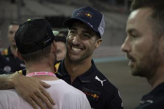 Daniel Ricciardo, Red Bull Racing and Mark Cavendish, at the Pirelli cycle event