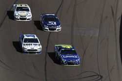 Danica Patrick, Stewart-Haas Racing Ford, Jimmie Johnson, Hendrick Motorsports Chevrolet