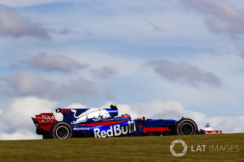 10. Daniil Kvyat, Scuderia Toro Rosso STR12