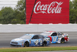 Kevin Harvick, Stewart-Haas Racing, Ford Fusion Busch Beer, Kyle Busch, Joe Gibbs Racing, Toyota