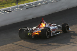 Matheus Leist, A.J. Foyt Enterprises Chevrolet en feu