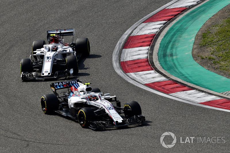 Sergey Sirotkin, Williams FW41 and Charles Leclerc, Sauber C37