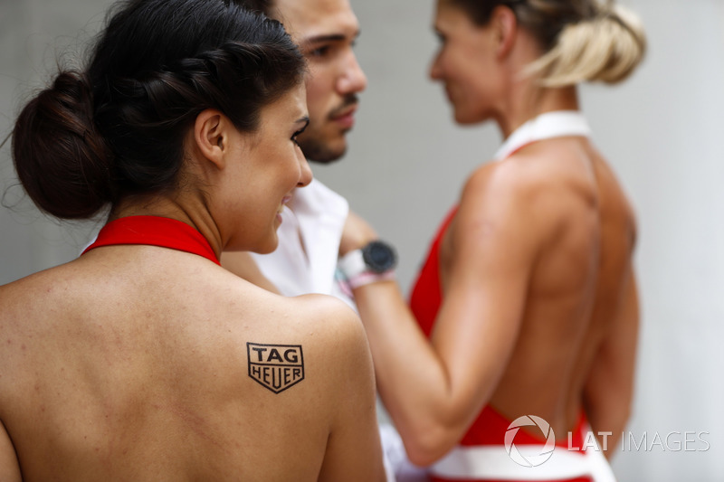 Chicas Tag Heuer