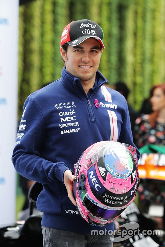 Sergio Perez, Sahara Force India F1 com seu capacete