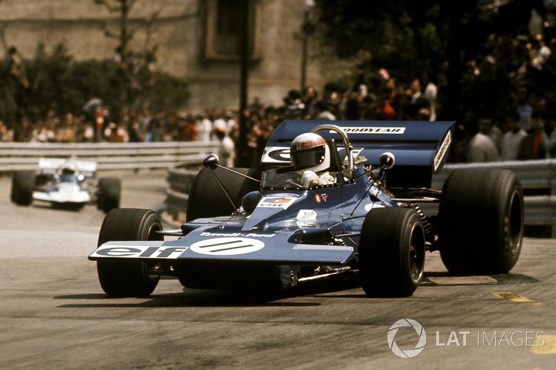 Сезон 1971 года проходил в Формуле 1 с явным преимуществом Джеки Стюарта. Шотландец, выступавший за команду Кена Тиррела, выиграл пять из семи первых Гран При и завоевал свой второй титул за три гонки до конца сезона.