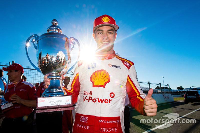 Le vainqueur Scott McLaughlin, Team Penske Ford