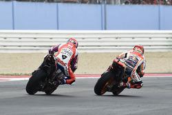 Marc Marquez, Repsol Honda Team overtakes Danilo Petrucci, Pramac Racing