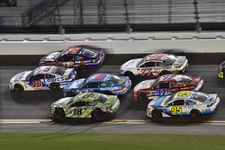 Dale Earnhardt Jr., Hendrick Motorsports Chevrolet, Denny Hamlin, Joe Gibbs Racing Toyota, Kyle Busch, Joe Gibbs Racing Toyota, Darrell Wallace Jr., Richard Petty Motorsports Ford