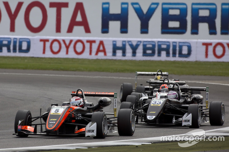 Pedro Piquet, Van Amersfoort Racing, Dallara F317 - Mercedes-Benz, Marino Sato, Motopark, Dallara F3