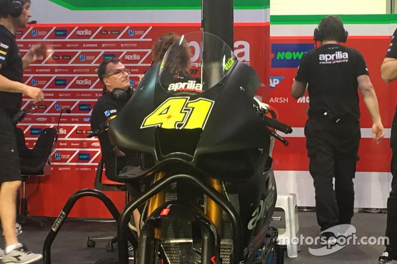 Aleix Espargaro, Aprilia Racing Team Gresini con sus nuevas alas