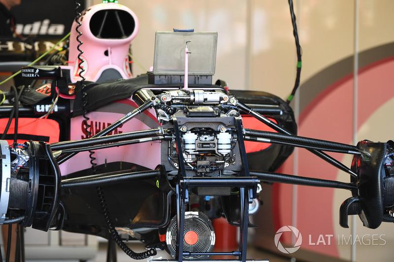 Sahara Force India VJM10: Vorderrad-Bremse
