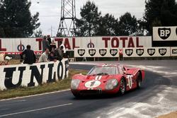Эй-Джей Фойт, Дэн Герни, Ford GT40 Mk4 (№1)