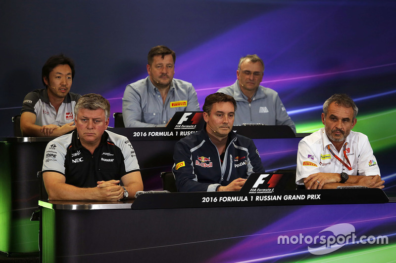 Pressekonferenz: Ayao Komatsu, Haas F1 Team, Paul Hembery, Pirelli Motorsport, John McQuilliam, Manor Racing, Otmar Szafnauer, Sahara Force India F1, James Key, Scuderia Toro Rosso, Beat Zehnder, Sauber F1 Team